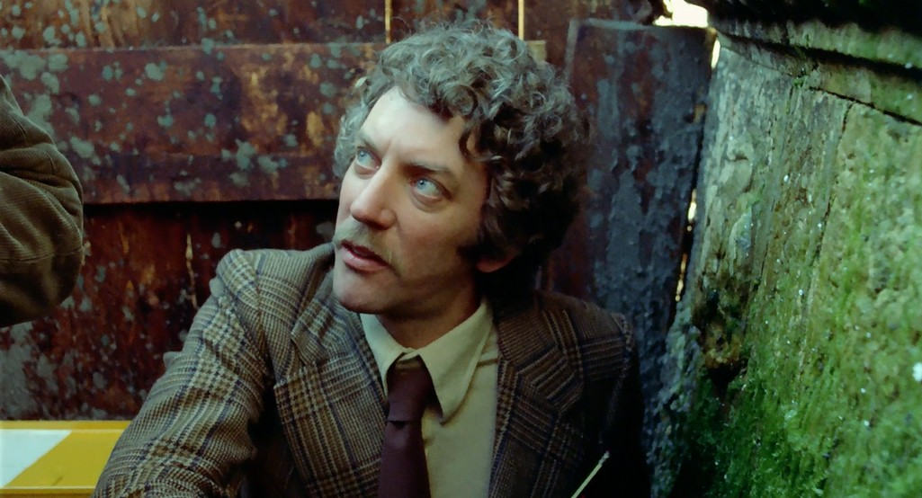 Şimdi Bakma & Karanlığın Gölgesi (Don't Look Now) 1973 Bluray 720p.x264 Dual Türkce Dublaj BB66 - barbarus