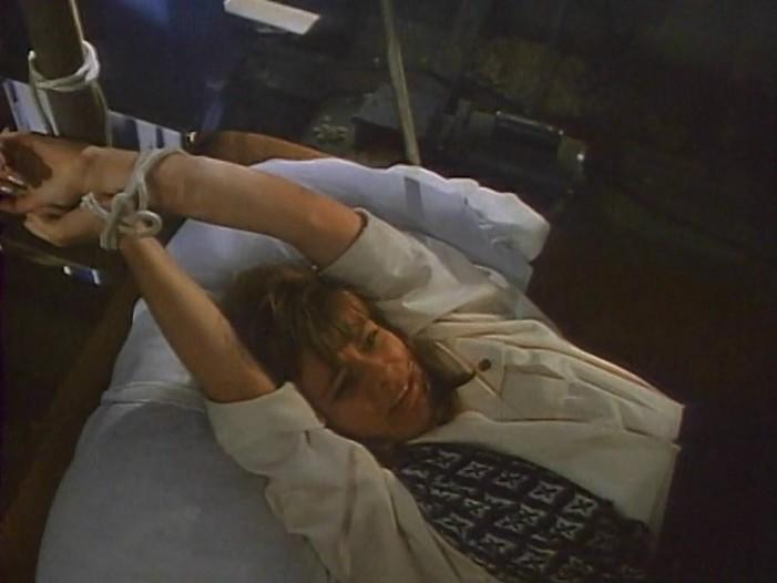 Beverly Hills'de Terör (Terror in Beverly Hills) 1989 Dvdrip Türkce Dublaj BB66 (3) - barbarus