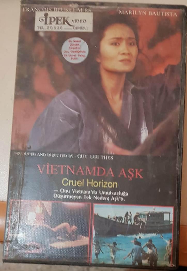 Vietnamda Aşk (Cruel Horizon) 1989 Vhsrip Türkce Dublaj BB66 (2) - barbarus