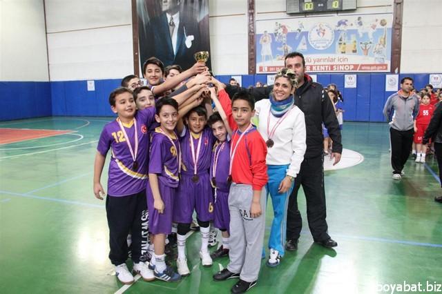 okul sporları hentbol13